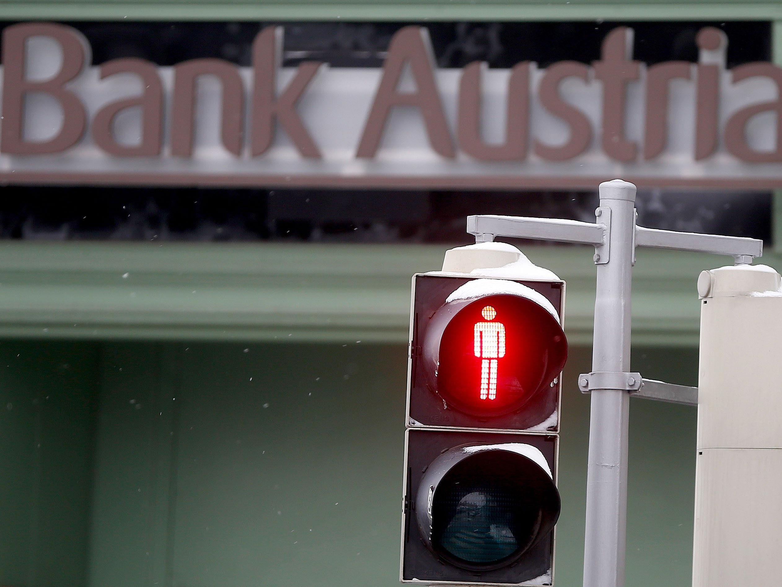 Beim klassischen Bankgeschäft steht die Ampel auf Rot.