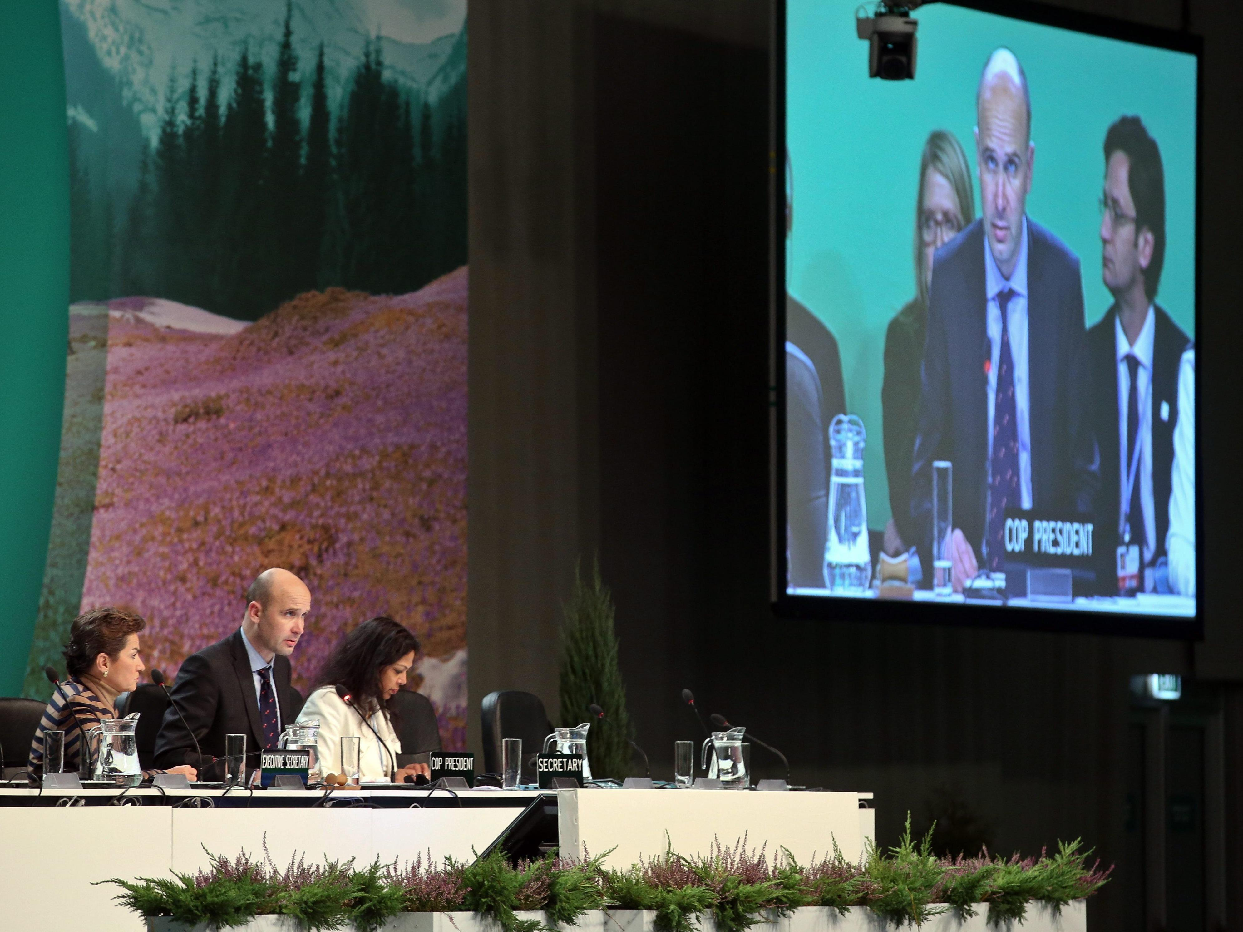 UN-Klimakonferenz: Einigung auf Klimaabkommen in Warschau am Verlängerungstag.