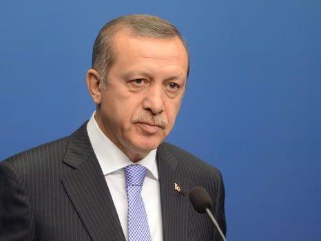 Aufregung vor Erdogans Büro.