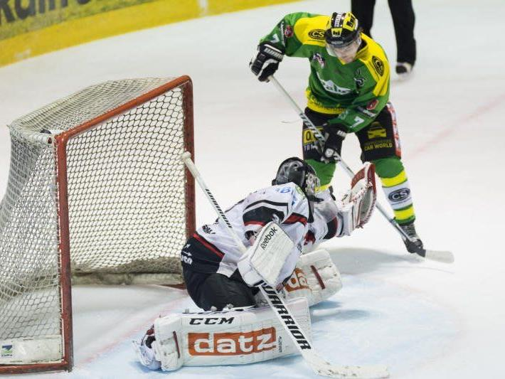 Der EHC Lustenau gewann nach der Niederlage in Feldkirch 22 Stunden später das Heimspiel gegen Neumarkt.