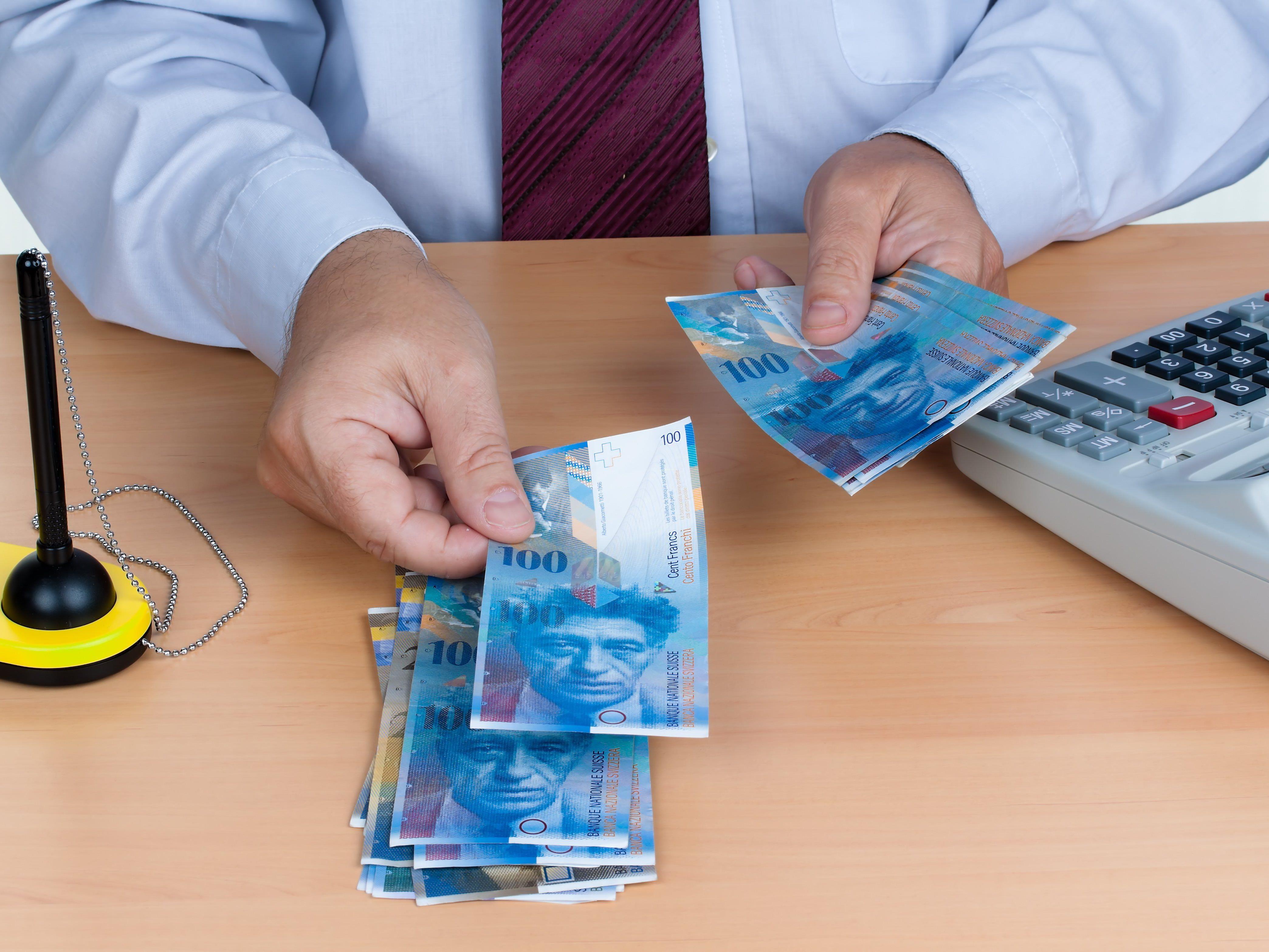 Die 300 reichsten Bewohner der Eidgenossenschaft wiederum besitzen zusammen 564 Mrd. Franken