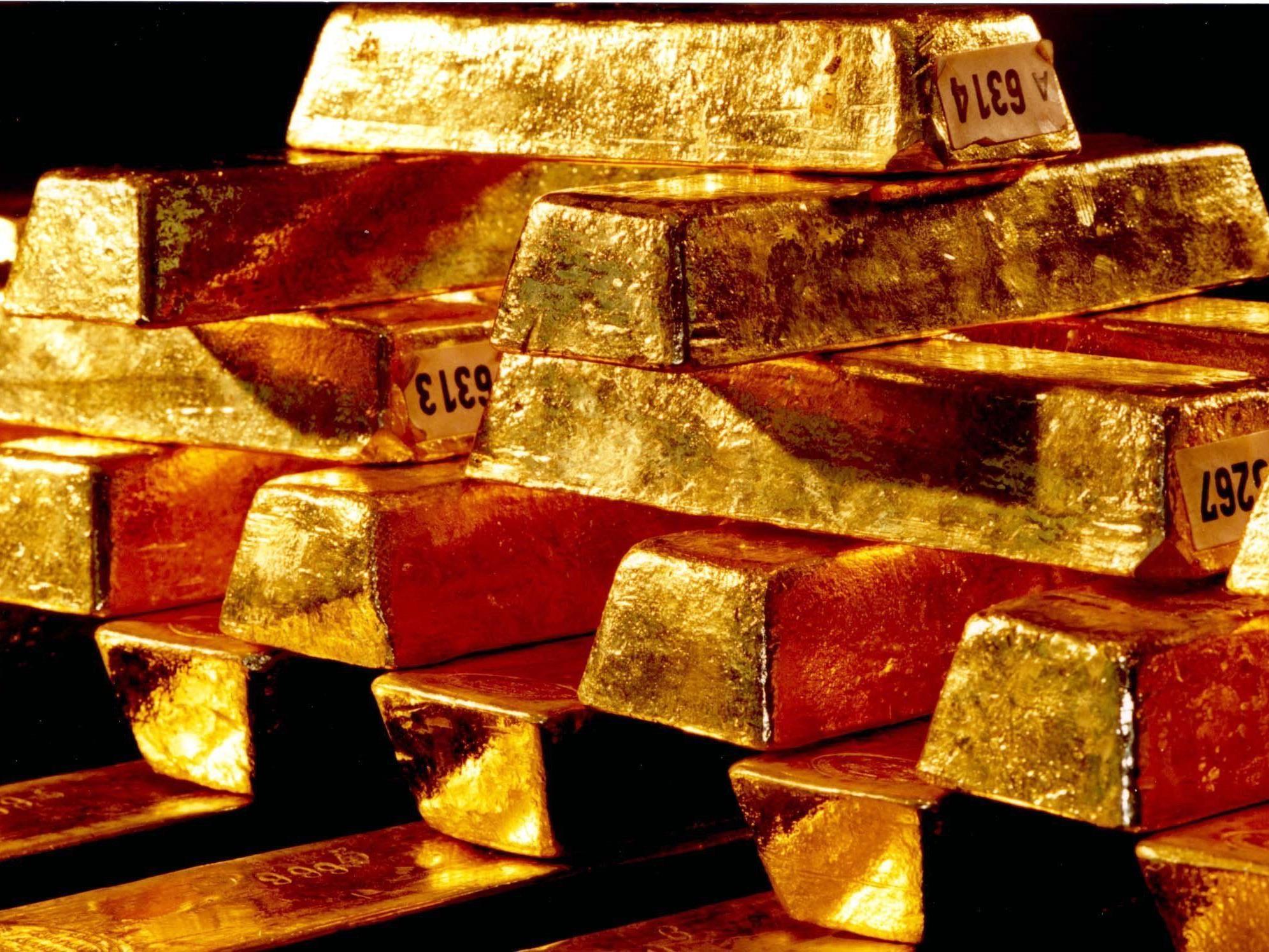 Goldpreis fiel am Montag um 1 Prozent auf Viereinhalb-Monats-Tief