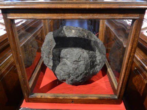 Nur für kurze Zeit zu sehen: Der Meteorit von Ensisheim.