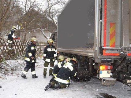 Fie Feuerwehren in Niederösterreich wurden zu zahlreichen Einsätzen gerufen.