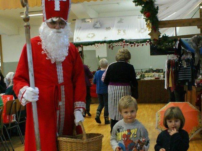 Der Nikolaus besucht um 15 Uhr den Markt in der Jahnturnhalle