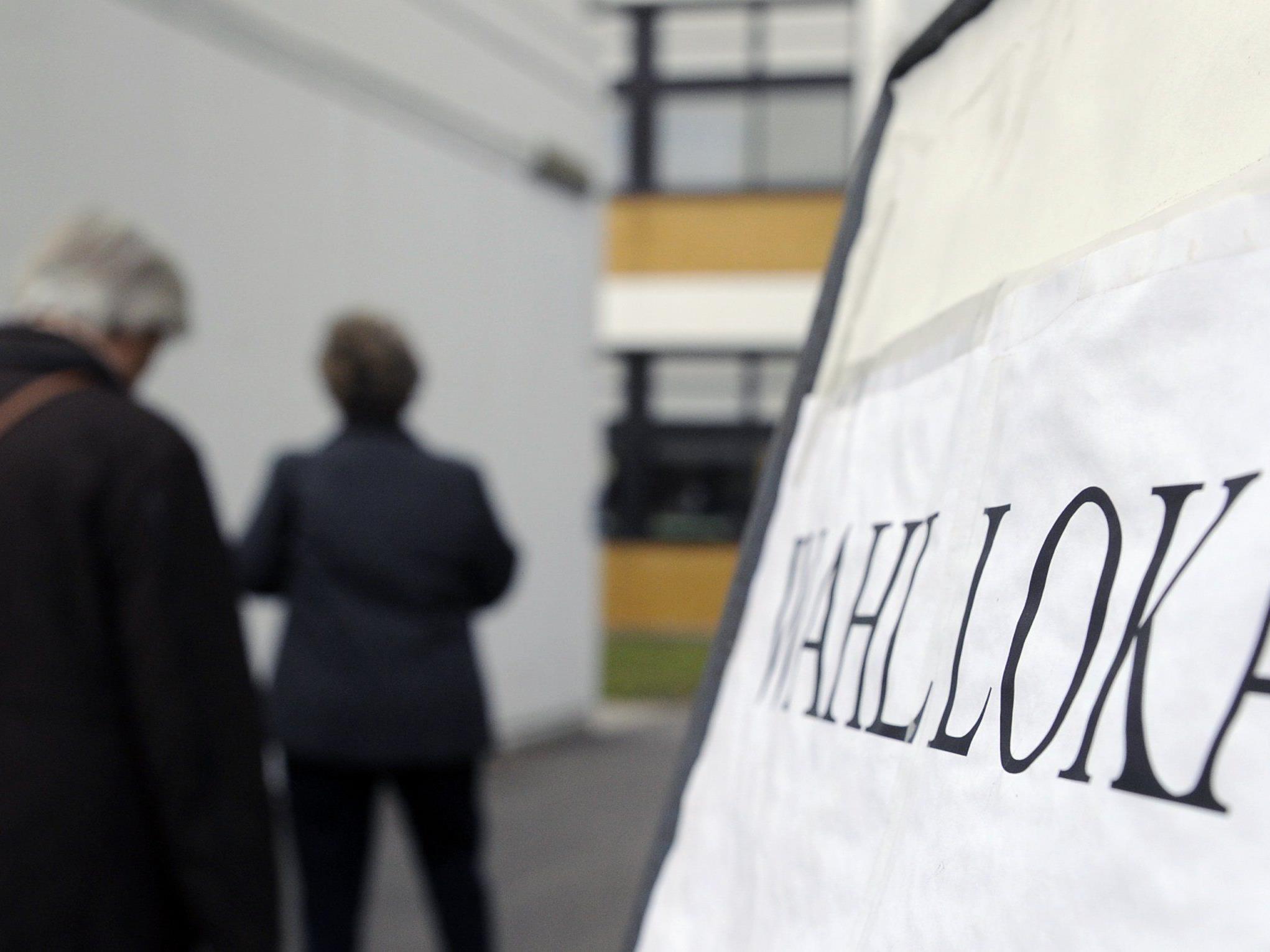Initiative 1:12 deutlich abgelehnt - Schweizer gegen Gehaltsbremse für Spitzenmanager.