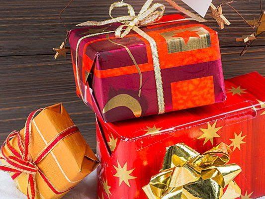 Österreichs Christkinder setzen heuer auf teurere Geschenke und weniger auf weihnachtliches Drumherum.
