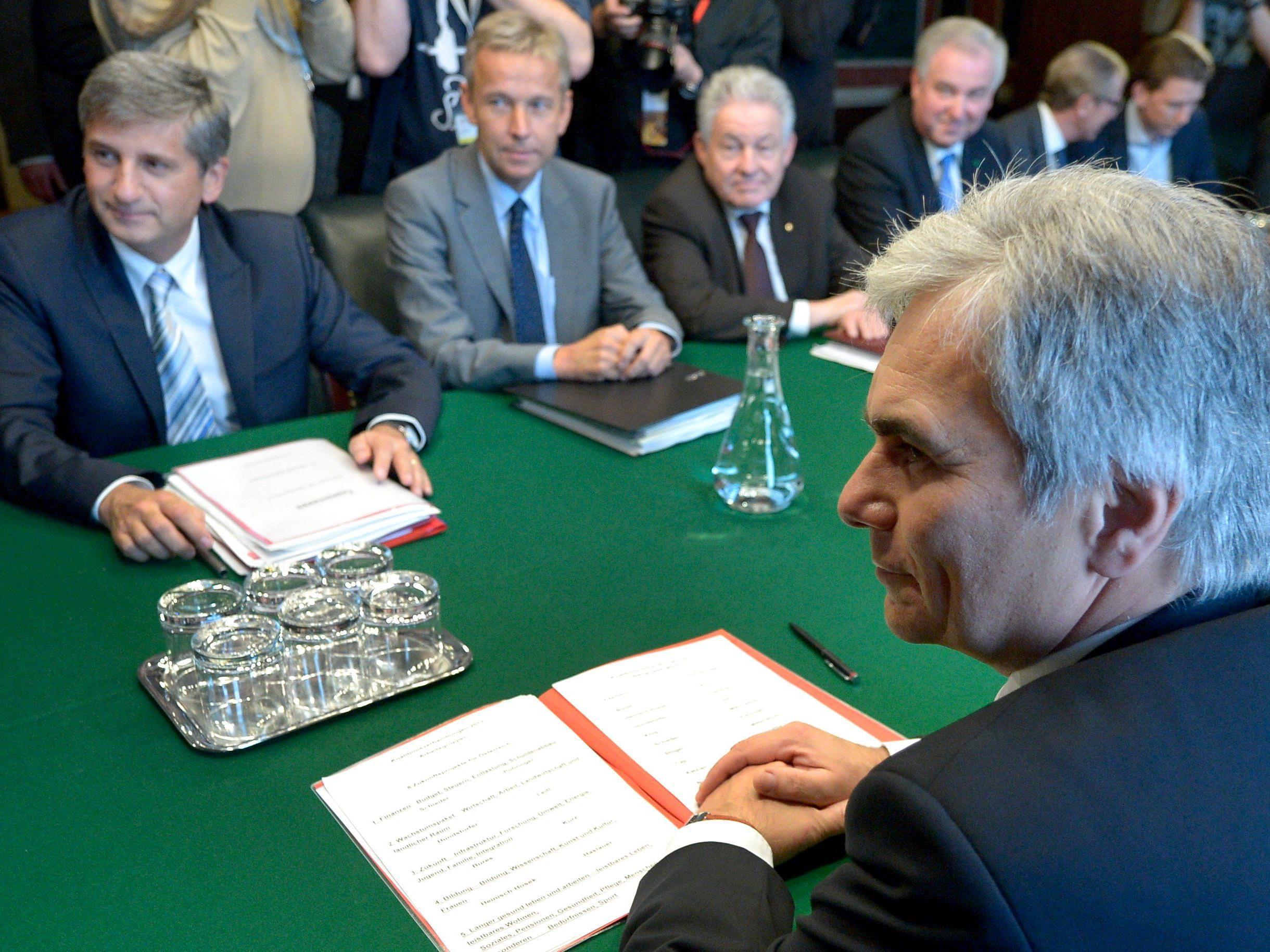 Koalition - Regierungsspitzen verhandeln seit den Morgenstunden