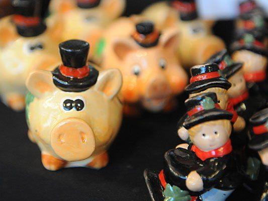 Glücksbringer und Co. gibt es auf den Wiener Silvestermärkten