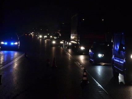 Mehrere Kilometer Stau waren die Folge des Unfalls.