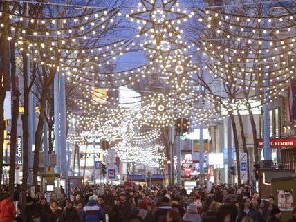 Allein auf der Wiener Mariahilfer Straße waren 200.000 Kunden unterwegs.