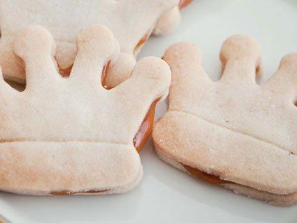 Unterschiedliche Ausstechformen können für Shortbread verwendet werden.