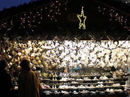 Die Redaktion von VIENNA.AT hat Weihnachtsmärkte in Wien getestet.