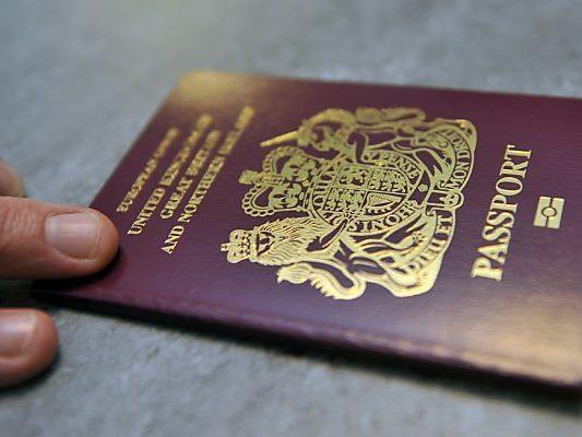 Reisepass an Bedingungen geknüpft
