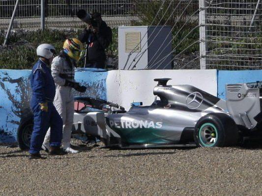 Kein guter Start für Ex-Weltmeister Hamilton