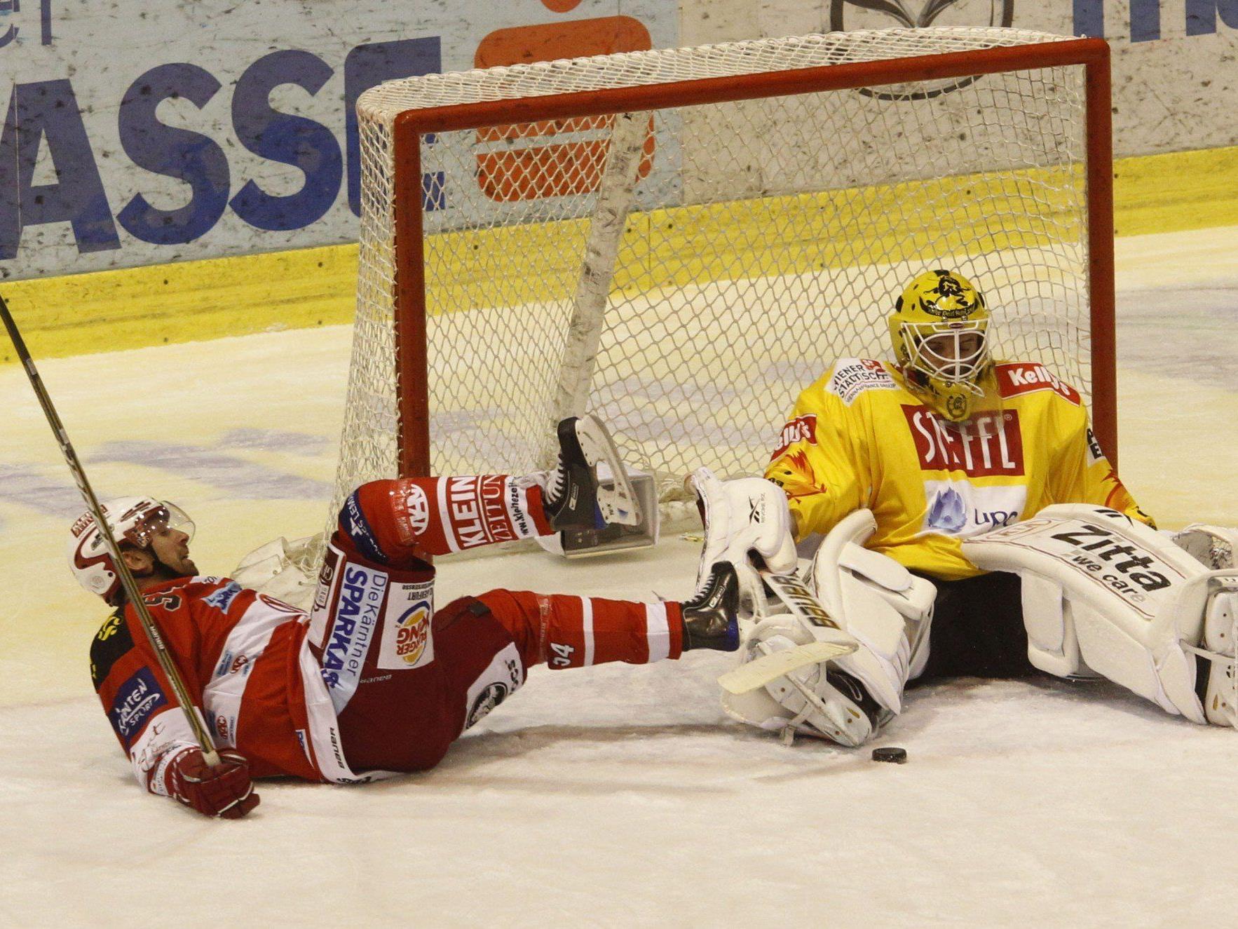 Capitals-Torhüter Jürgen Penker brach sich beim Training einen Finger.