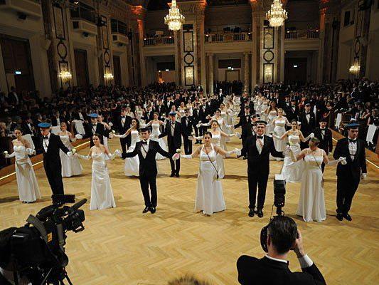 Der Akademikerball soll auch 2015 wieder in der Hofburg stattfinden - wünscht sich zumindest die FPÖ