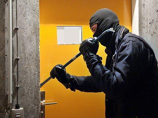 Ein Keller-Einbrecher wurde in flagranti erwischt