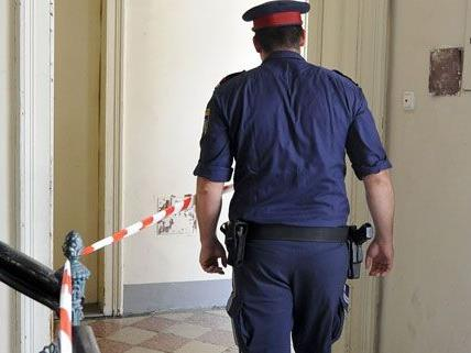 Die Polizei wurde zur Nachschau in ein Wohnhaus in Brigittenau gerufen