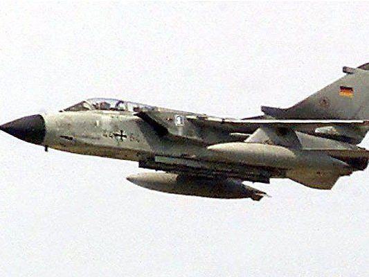 Ein Kampfflugzeug der deutschen Bundeswehr ist in der Eifel abgestürzt.
