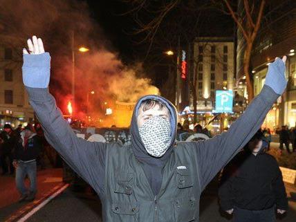 Die Protest-Veranstalter kritisieren das Platzverbot.