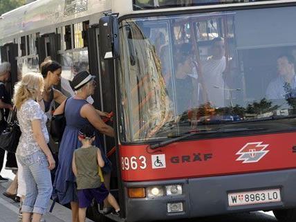 Bis Ende 2014 übernehmen die Wiener Linien bei allen Bussen.