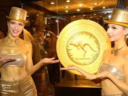 In Wien wird derzeit die größte Goldmünze der Welt gezeigt.