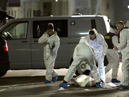 Die Ermittlungen nach der Granatenexplosion in Wien-Ottakring dauern an.