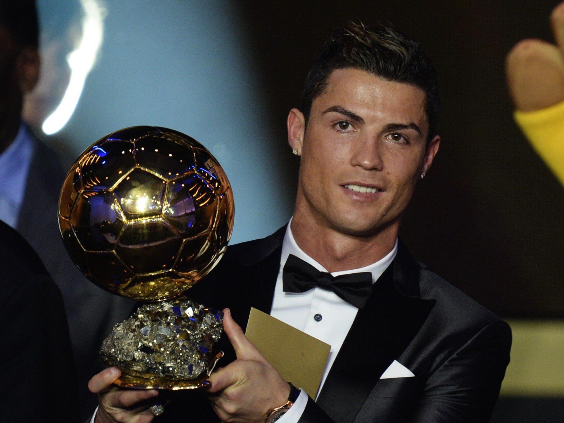 Cristiano Ronaldo ist am Montagabend bei der FIFA-Gala in Zürich als Weltfußballer des Jahres 2013 geehrt worden.
