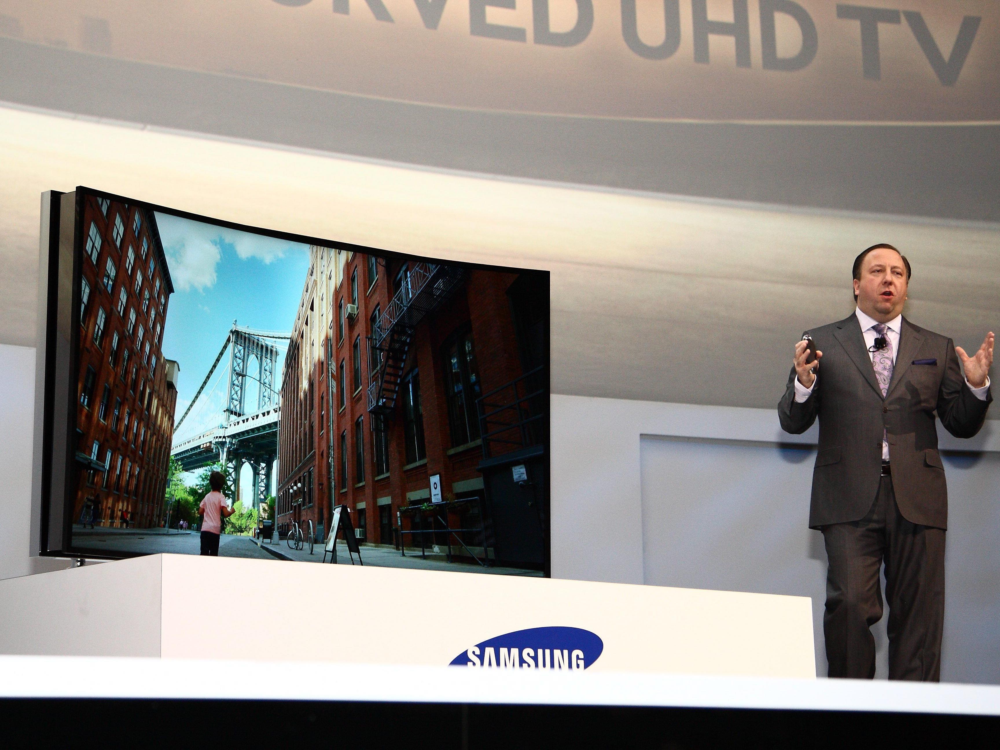 Auf der Elektronikmesse CES in Las Vegas wurden Prototypen neuer Flachbildfernseher vorgestellt.