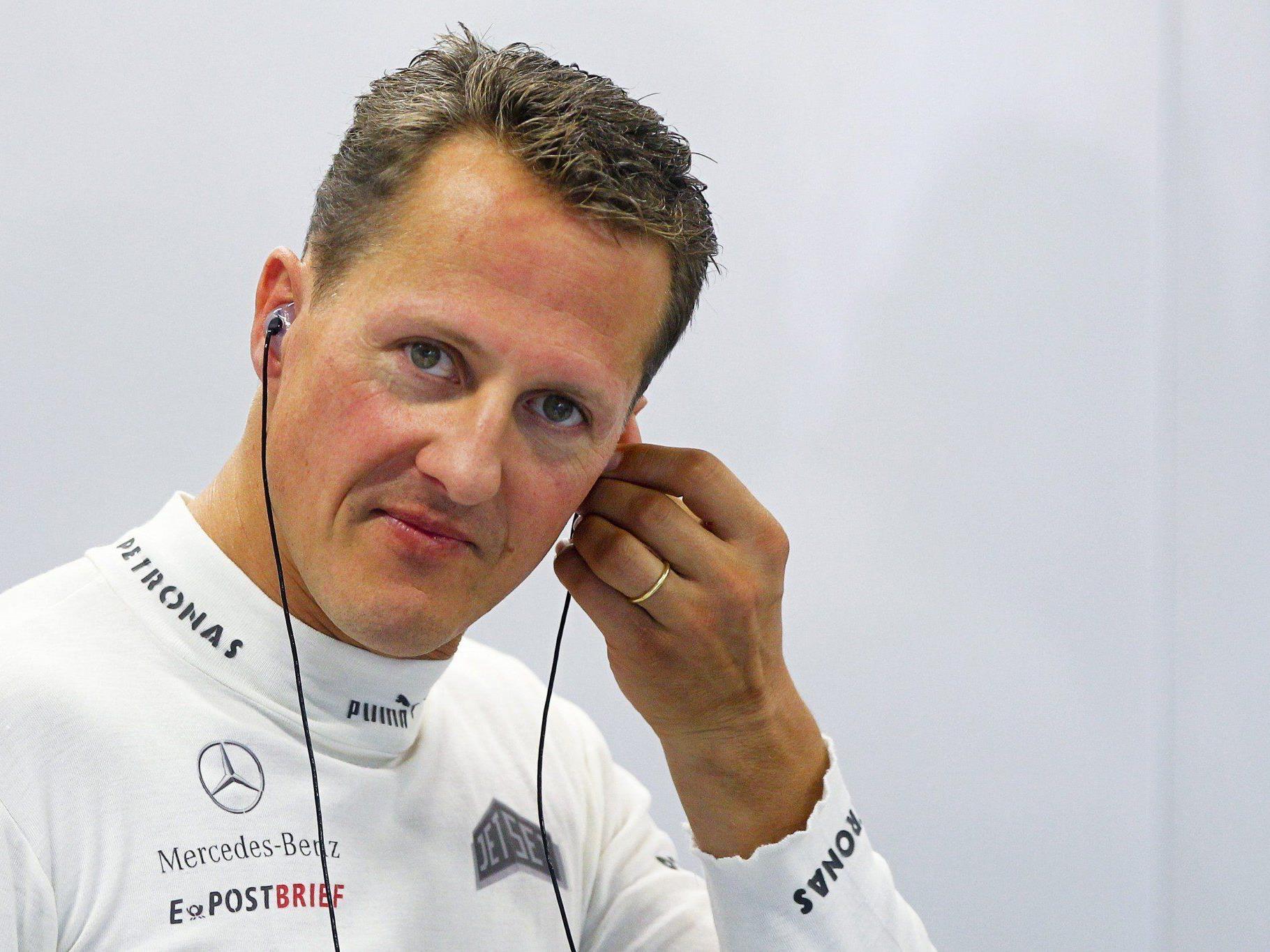 Die Spekulationen um Schumachers Gesundheitszustand wollen nicht abreißen, Ärzte, Krankenhaus und Management hüllen sich in Schweigen.
