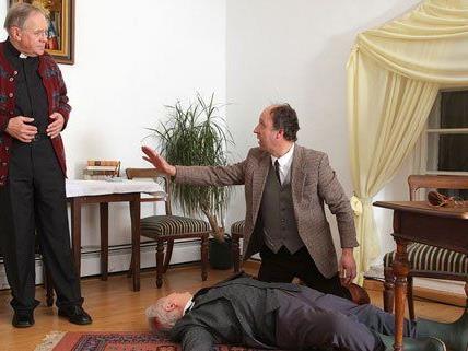 """""""Unser Theater"""" zeigt """"Mord im Pfarrhaus""""."""