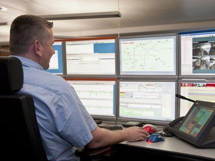 Neben der Videoüberwachung fordert die gewerkschaft mehr Personal in den Zügen.