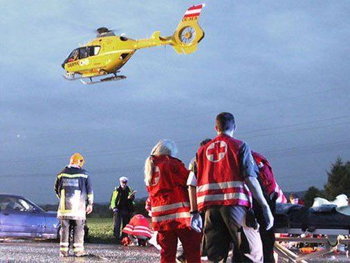 Schwere Unfälle am Freitag in NÖ.