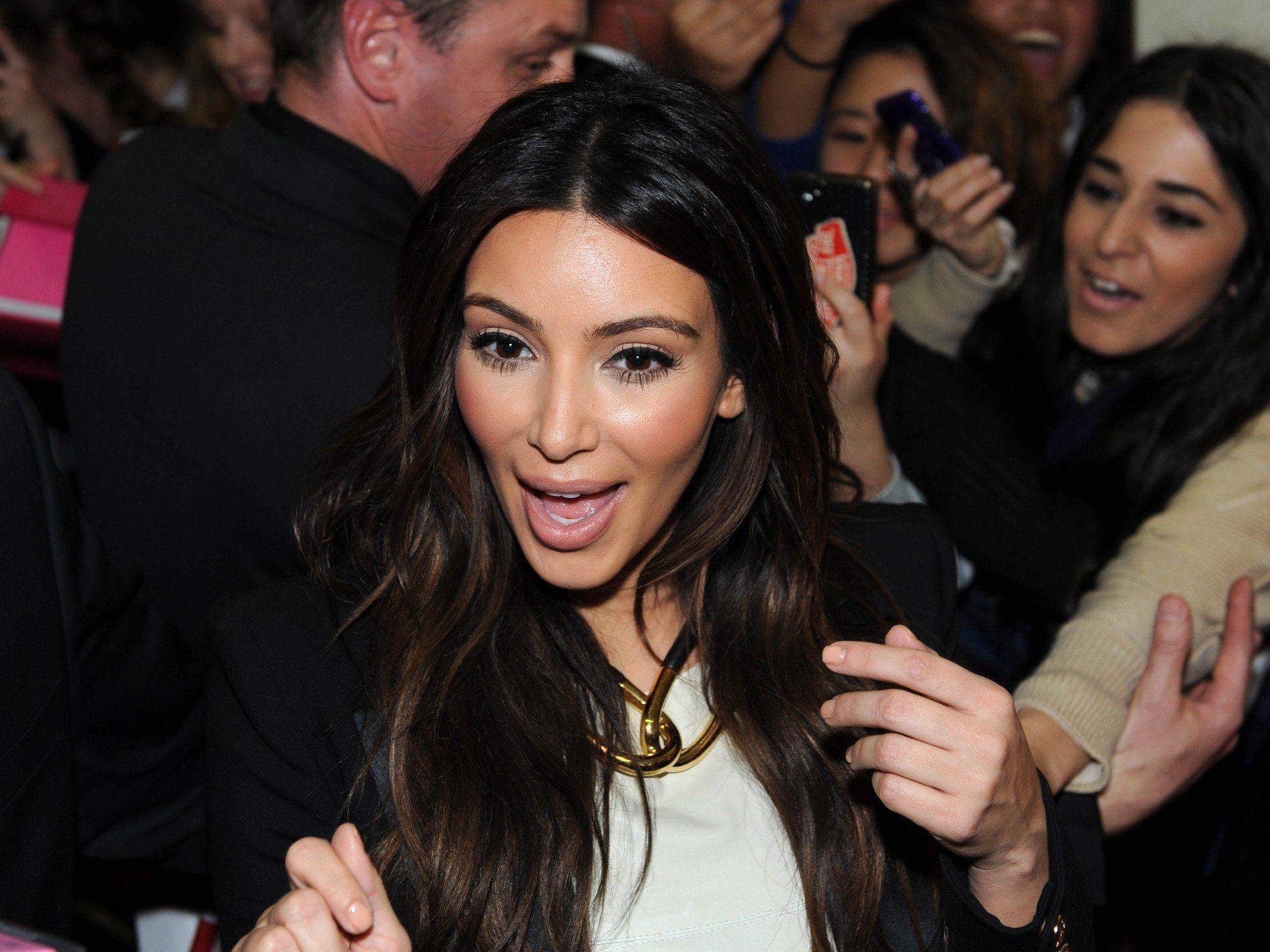 Kim Kardashian wird laut Richard Lugner auf jeden Fall den Opernball 2014 besuchen.