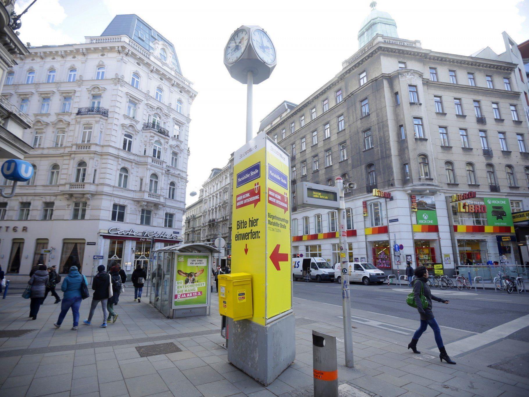 Auch die FPÖ hat sich am Montag auf die Mariahilfer Straße gestellt.