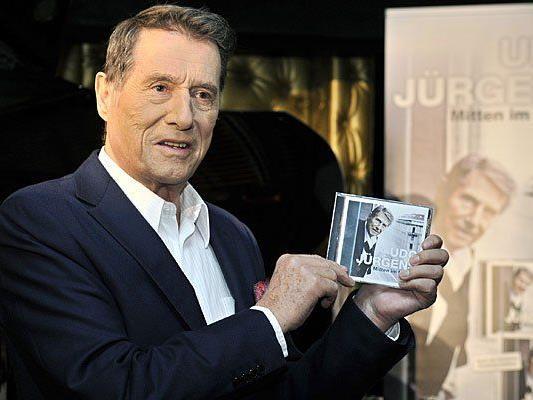 """Der Musiker und Entertainer Udo Jürgens im Rahmen seiner CD - Präsentation """"Mitten im Leben"""""""