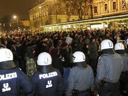 14 Demonstranten wurden festgenommen.