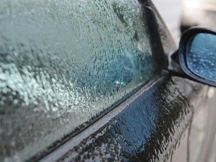 Viele Autofahrer in Wien fanden ihr Auto am Montag in diesem Zustand vor.