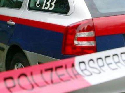 Die Polizei berichtet von einer Bluttat im 22. Bezirk.