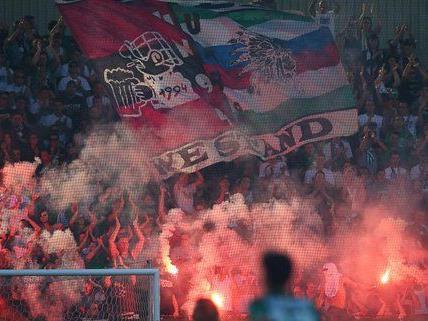 Die Fans des SK Rapid Wien und des 1. FC Nürnberg verbindet eine langjährige Fanfreundschaft.
