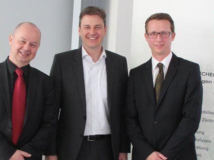 Man freut sich über die Top-Platzierung: Joachim Will, Gerald Liebscher und Hannes Lindner