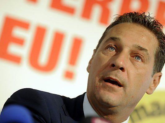 Strache zündelt in Richtung SPÖ und ÖVP