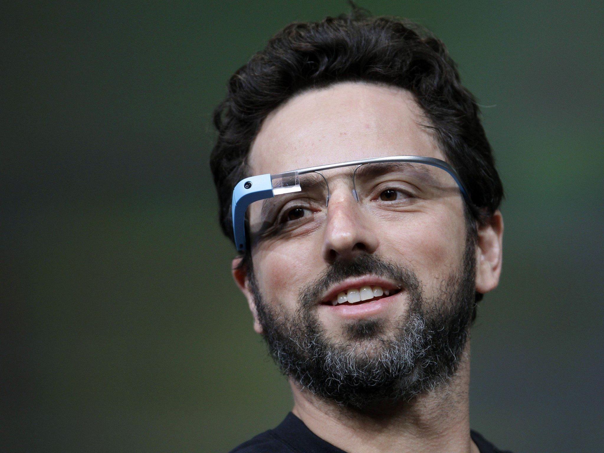 Google-Mitgründer Sergey Brin mit Google Glass. Wie wird die Brille künftig aussehen?