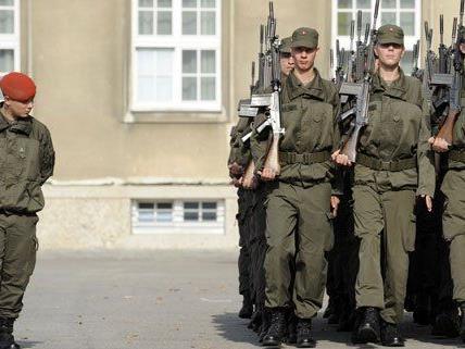 Der verliebte Soldat wollte zu seiner Freundin nach Wien und gab sich kriminell.