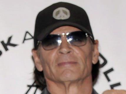 Der Schlagzeuger ist mit 64 Jahren verstorben.