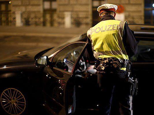 Bei einer Polizeikontrolle wurde ein mutmaßlicher Dieb erwischt