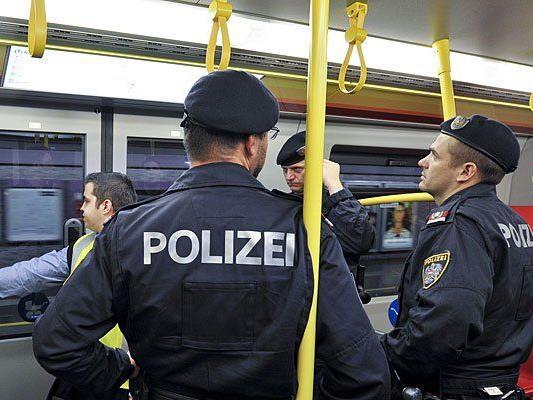 Im Bereich der U-Bahn ist die Wiener Polizei durchwegs präsent