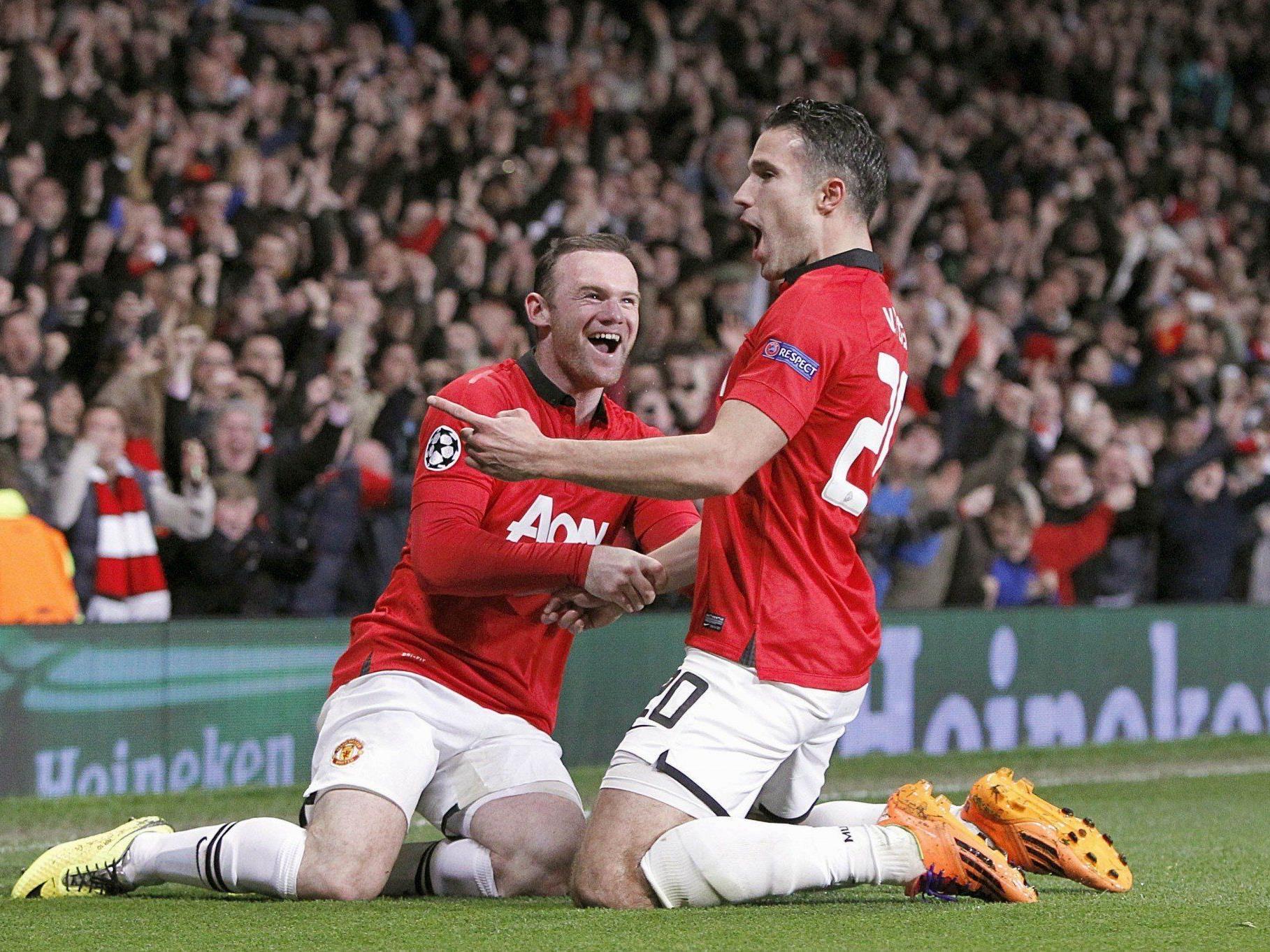 Wayne Rooney beim Torjubel mit Matchwinner Robin van Persie.