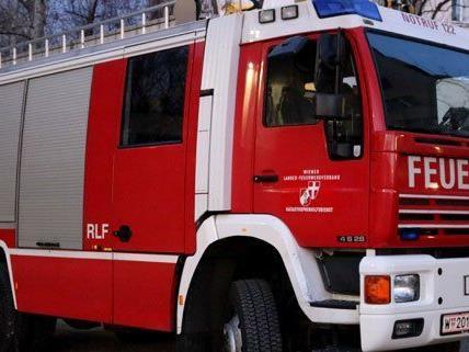 Gasgeruch sorgte am Sonntag für einen Großeinsatz der Wiener Feuerwehr.